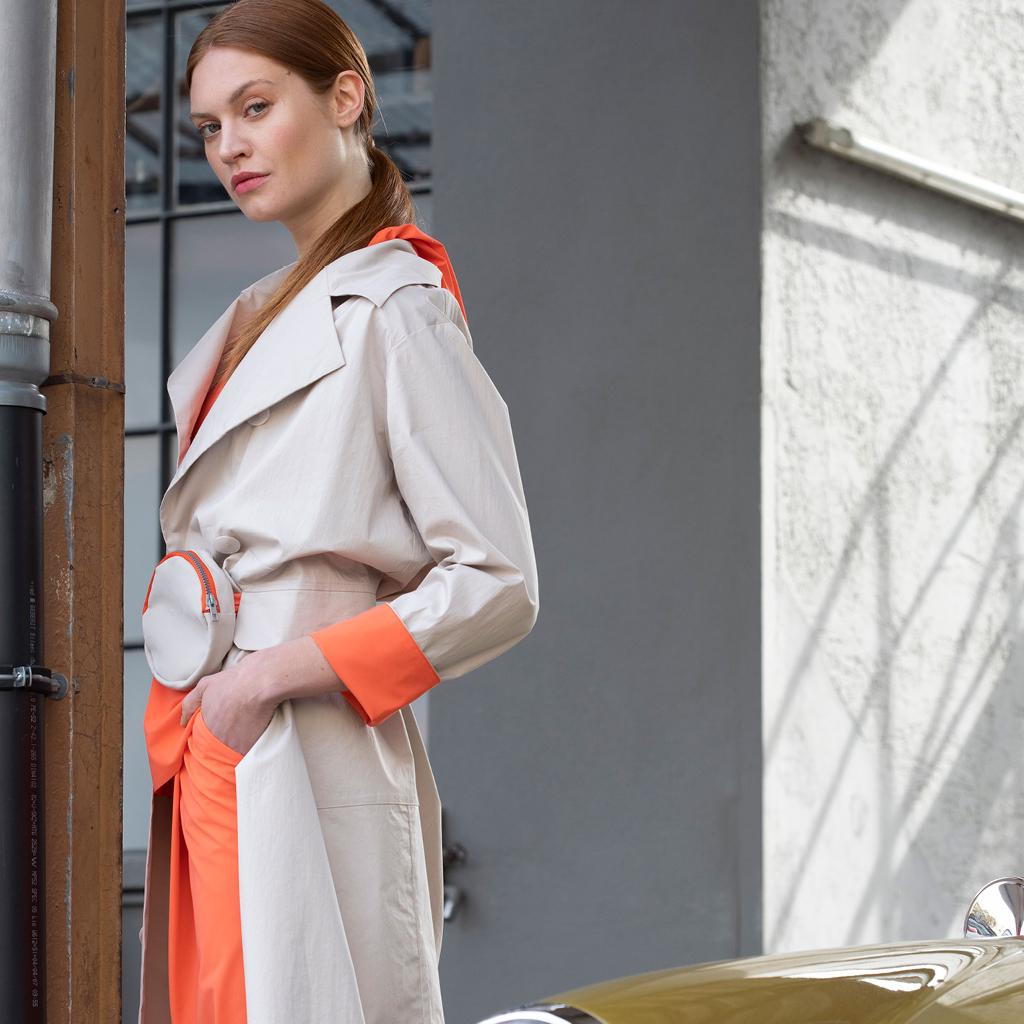 Fashion Cologne, Neue Frühjahrsmode, Anja Schierholt in in Köln, Trendforscher